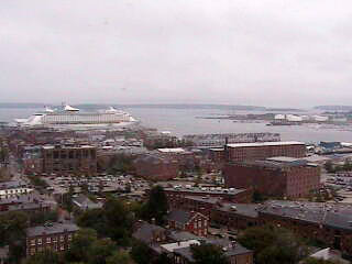 Web Cam at the Portland Inn by the Bay